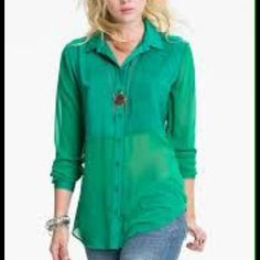 NWOT Free People blouse NWOT Free People blouse- Size XS Free People Tops
