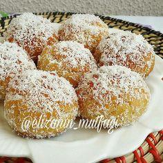 @Regranned from @elizanin_mutfagi - İyi akşamlar 🙌 Çok lezzetli bir serbetli tatlı tarifi ile geldim🙄tarifi burayada yazıyorum emeğe saygı…