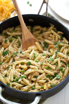 A simple, one skillet dinner meal! Cheesy tuna pasta with fresh garden peas. Growing up, one of my favorite dishes my mom made was a creamy tuna and pea dish. It was a bit different than this one – cream of mushroom soup was the base and we usually had it over rice. But the creamy tuna...