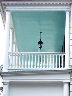 "Haint Blue in Charleston on Meeting St. ""Haint"" was an old Southern word for haunt or ghost. Porch ceilings were painted this color to keep away unfriendly spirits. Architecture Facts, Unique Architecture, Historical Architecture, Southern Porches, Southern Homes, Southern Style, Southern Charm, Country Porches, Low Country"