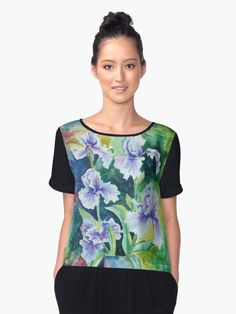 This design shows an extraordinary pattern. The pattern is perfect for men, women and children. The perfect gift for everyone. The ideal gift idea for people who love patterns, or bright colors. Iris Flowers, Design Show, Bunt, Chiffon Tops, Bright Colors, Artist, Stuff To Buy, Clothes, Patterns