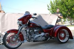Custom Red Harley Trike.    Ultra Classic Ridewright Wheels #35