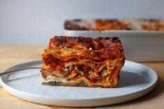 perfect vegetable lasagna – smitten kitchen Baked Lasagna, Meat Lasagna, Veggie Lasagna, Bon Appetit, Kitchen Recipes, Cooking Recipes, Smitten Kitchen, Roasted Sweet Potatoes, Pasta Dishes