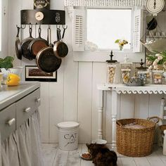 kitchen Shabby Chic - Designer Tricks for Small Spaces - Coastal Living Cozinha Shabby Chic, Estilo Shabby Chic, Shabby Chic Kitchen, Country Kitchen, Vintage Kitchen, Kitchen Rustic, Wooden Kitchen, Painted Plywood Floors, Home Decoracion