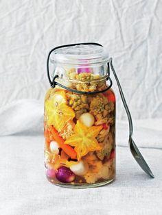 フルーツの甘みが入ったおしゃれなピクルス|『ELLE a table』はおしゃれで簡単なレシピが満載!