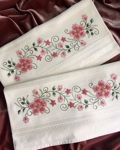 This Pin was discovered by Lem Types Of Embroidery, Embroidery Needles, Hand Embroidery Designs, Ribbon Embroidery, Cross Stitch Embroidery, Embroidery Patterns, Machine Embroidery, Embroidered Pillowcases, Flower Coloring Pages
