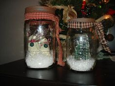 Mason Jar Christmas Crafts | Olde Pear Primitives: Christmas Mason Jars
