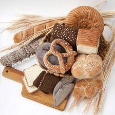 Crochet Shrug Pattern, Crochet Motif, Free Crochet, Knit Crochet, Crochet Patterns, Crochet Fruit, Crochet Food, Amigurumi Animals, Crochet Animals