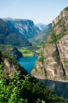 Aurlandsdalen - Norway Cool Landscapes, Beautiful Scenery, Oslo, Norway, Places To See, The Good Place, Outdoors, River, Adventure