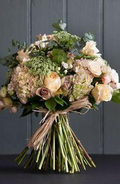 Bazaar In Bloom :: Harpers BAZAAR beautiful subtle colours. Beige Wedding, Floral Wedding, Wedding Bouquets, Fresh Flowers, Beautiful Flowers, Hand Tied Bouquet, Pastel, Arte Floral, Flower Market