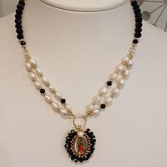 Lady Guadalupe Short Necklace / Pearls and Crystal/Collar. #ladyguadalupe #medals #catholicnecklace #pearlsnecklace #virgen #catholicgift