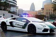 أفينتادور شرطة دبى تلاحق فيرارى F430 #lamborghini_aventador #Cars #Autos #Dubai #UAE