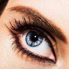 Eye Makeup Tips.Smokey Eye Makeup Tips - For a Catchy and Impressive Look Sexy Makeup, Blue Eye Makeup, Eye Makeup Tips, Makeup Looks, Hair Makeup, Makeup Ideas, Makeup Inspiration, Beautiful Eye Makeup, Beautiful Eyes