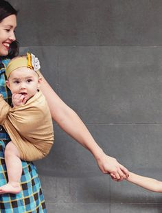 the sling diaries: bron and rose (and max!) babywearing discovery! #sakurabloom