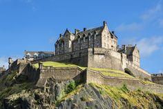 Edinburgh Castle, Scotland  #travel #worldtravel #traveltheworld #vacation #traveladdict #traveldestinations #destinations #holiday #travelphotography #bestintravel #travelbug #traveltheworld #travelpictures #travelphotos #trips #traveler #worldtraveler #travelblogger #tourist #adventures #voyage #sightseeing #Europe #Europeantravel #EdinburghCastle #Scotland #UK #UnitedKingdom #Britain #GreatBritain