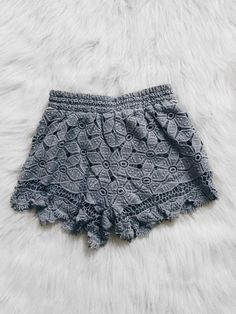 Gianna Scalloped Hem Shorts (Blue)