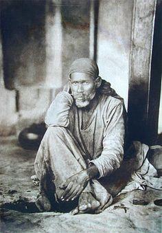 Sai Baba of Shirdi, Hindu saint (1838-1918). (Photo credit: Wikipedia)