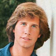 Stevenson as teen detective Frank Hardy. Parker Stevenson can still make ladies swoon. I recently attended the 2014 Western Film Fair, w. Shaun Cassidy Today, Mystery Tv Series, Parker Stevenson, Burt Reynolds, First Crush, Classic Films, Hollywood Celebrities, Haircuts For Men, My Boyfriend