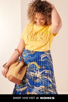 Plus Size Make Waves Outfit Shower Outfits, Diy Mode, Spring Outfits, Spring Wear, Work Looks, Mom Style, Business Fashion, Cool Tees, Shirt Outfit