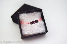 Garnet macrame bracelet, friendship bracelet, January birthday gift, Best friend birthday present, garnet jewellery, garnet birthstone by PoppitsJewellery on Etsy
