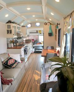 Have a peek at this web-site speaking around Home Building Tips Bus Living, Tiny House Living, Small Living, Living Room, School Bus Tiny House, Converted Bus, Kombi Home, Van Home, Tiny House Movement