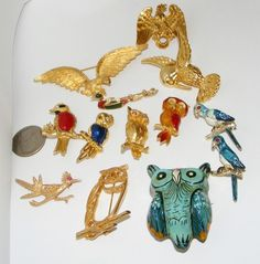 Vintage to now Pins Figurals BROOCHES BIRDS bird brooch owl costume jewelry LOT