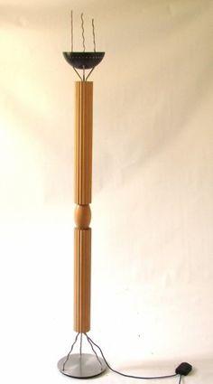 Ugo La Pietra, Lumi, Floor Lamp http://www.liveauctioneers.com/catalog/42395_italian-design-and-decorative-arts-of-20th-c/page5?rows=20