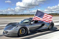 Hennessey Venom GT удалось разогнаться до 435 км/ч, а это быстрее, чем у рекордсмена Bugatti Veyron Super Sport.