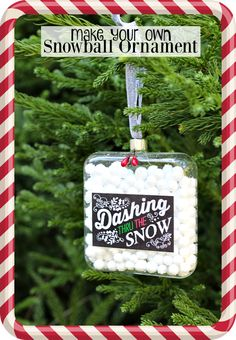 Snowball ornament idea and more DIY Christmas crafts ideas for handmade Christmas ornaments at refreshrestyle.com | So easy to create for Christmas home decor, gifts, or even a wreath, with the terrific tutorial.