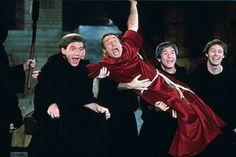 5 filmes de comédia históricos. Veja mais em efacil.com.br/simplifica