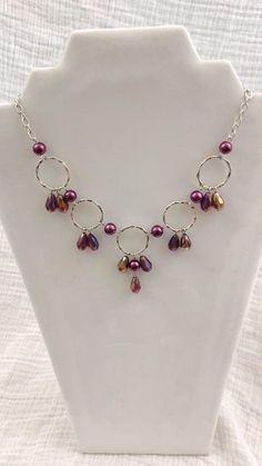 Diy Earrings Studs, Diy Jewelry Necklace, Jewelry Design Earrings, Pearl Jewelry, Beaded Jewelry, Silver Jewelry, Long Beaded Necklaces, Diy Necklace Making, Necklace Ideas