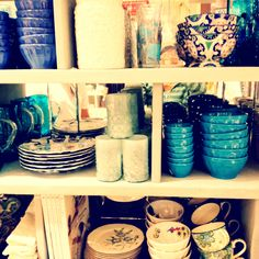 Teal and Blue kitchen stuffs. Love love love