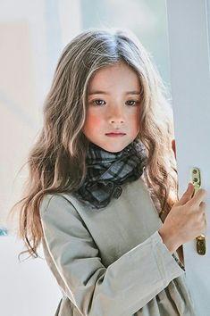 ✞Portrait of Christ ✞ Beautiful Little Girls, Cute Little Girls, Cute Baby Girl, Beautiful Children, Cute Kids, Cute Asian Babies, Cute Babies, P2 Make Up, Pretty People