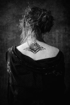 Contemporary New Zealand Tattoo, a totem to symbolise the journey of life and an ongoing work