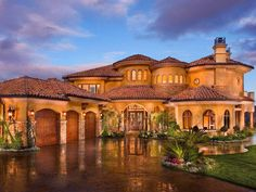 25 Best Luxurious Homes For Your Inspiration. #RealEstate #Luxury #Inspiration