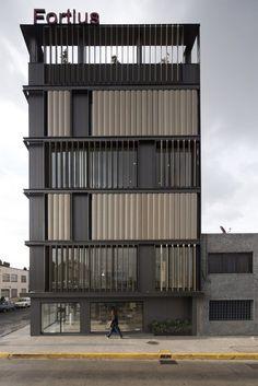 Gallery of Renovation of México Fortius Office Building / ERREqERRE Arquitectura y Urbanismo - 7