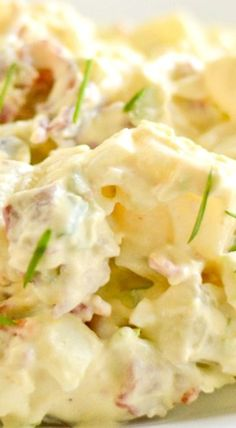 Best Homemade Potato Salad - Salu Salo Recipes - - This best homemade potato salad recipe was both delicious and filling. The addition of bacon and celery gives this salad crunchy taste and texture. Deviled Egg Potato Salad, Creamy Potato Salad, Simple Potato Salad, Sour Cream Potato Salad, Baby Potato Salad, Potato Salad With Egg, Southern Potato Salad, Classic Potato Salad, Potato Salad Dressing
