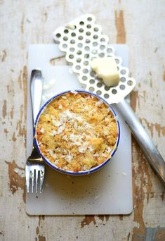 Baked Mac 'n Cheese Pasta Recipe. Baked Macaroni Cheese, Mac Cheese, Pasta, Fall Recipes, Ramikin Recipes, Cheese Recipes, Love Food, The Best, Vegetarian Recipes