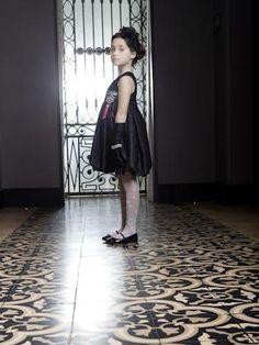 Little Updown Girl l bbmundo / septiembre, 2011 / Foto: Olga Laris / Producción y coordinación de moda: Victoria Papuchi / Maquillaje y peinado: Karina Preciado
