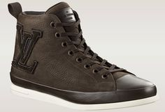 Sneakers: Louis Vuitton Fastball Hi-Tops Louis Vuitton Men Shoes, Lv Shoes, Kinds Of Shoes, Mens Fashion Shoes, Running Sneakers, Stylish Men, Look Cool, Shoe Collection, Shoe Game