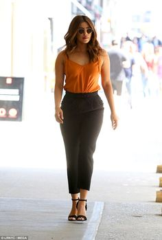 Gorgeous curves: Priyanka Chopra, showed she is definitely star material while shooting scenes for her new film A Kid Like Jake in New York City on Wednesday in black hip-hugging slacks Indian Celebrities, Bollywood Celebrities, Bollywood Fashion, Actress Aishwarya Rai, Bollywood Actress, Priyanka Chopra Hot, Indian Outfits, Indian Actresses, Indian Fashion