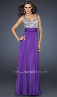 THIS is the dream prom dress. so simple but lovely. want, please.