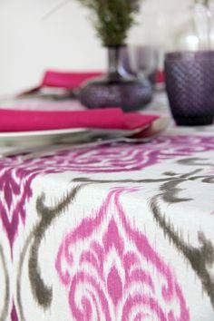 York Ciruela - Urrea Mantelerias Malva, Rugs, Home Decor, Wedding Decoration, Hot Pink, Farmhouse Rugs, Decoration Home, Room Decor, Home Interior Design
