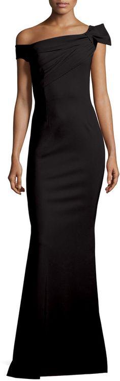 La Petite Robe di Chiara Boni Grazie Asymmetric Mermaid Gown, Nero Petite Formal Dresses, Beautiful Black Dresses, Mermaid Gown, Partys, Wedding Dress Styles, Hollywood, Petite Fashion, Evening Dresses, Prom Dresses