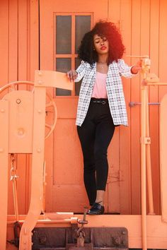 blackfashion: Auneetuh, Canada http://auneetuh.tumblr.com From: The Lotus Pure http://www.thelotuspure.com/checkered-blazer/