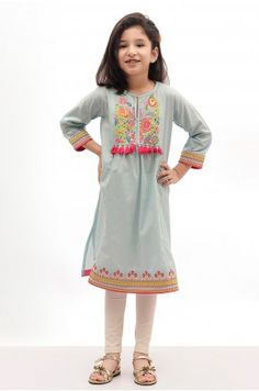 Khaadi – Embroidered Kurta - New Arriva Girls Dresses Sewing, Little Girl Dresses, Baby Dresses, Toddler Boy Fashion, Kids Fashion, Fashion Outfits, Women's Fashion, Baby Girl Dress Design, Kids Frocks