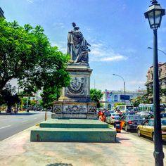 Monumento a Cristóbal Colón ( Centro de Lima)