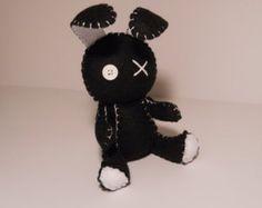 Felt little goth black bunny rabbit plush by SouthernGothica Creepy Stuffed Animals, Sewing Stuffed Animals, Kawaii Plush, Cute Plush, Plushie Patterns, Loom Patterns, Black Bunny, Hello Kitty Birthday, Gothic Dolls