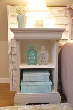 Discover recipes, home ideas, style inspiration and other ideas to try. Cottages Uk, Home Staging, Cottage Style, Painted Furniture, Nightstand, Diy And Crafts, Sweet Home, Home Decor, Headboards