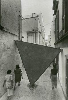 Mauro Staccioli, Triangolo, Martina Franca, Italy, 1979